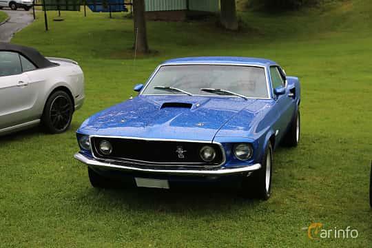 Front/Side  of Ford Mustang 5.8 V8 Manual, 294ps, 1969 at Bil & MC-träffar i Huskvarna Folkets Park 2019 Amerikanska fordon