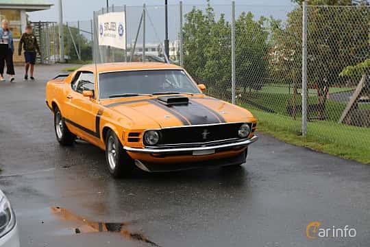 Front/Side  of Ford Mustang 5.8 V8 Manual, 254ps, 1970 at Bil & MC-träffar i Huskvarna Folkets Park 2019 Amerikanska fordon