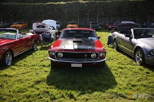 Front  of Ford Mustang Mach I 5.8 V8 Automatic, 254ps, 1969 at Tjolöholm Classic Motor 2018