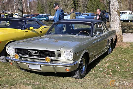 Front/Side  of Ford Mustang Hardtop 4.7 V8 Automatic, 203ps, 1966 at Uddevalla Veteranbilsmarknad Backamo, Ljungsk 2019