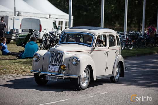 Front/Side  of Ford Prefect 1.2 Manual, 30ps, 1950 at Lergökarallyt 2015