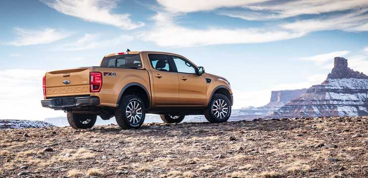 Back/Side of Ford Ranger SuperCrew 2.3 EcoBoost 4x4 Automatic, 274hp, 2019