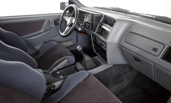 Interior of Ford Sierra RS Cosworth 3-door 2.0 Manual, 204hp, 1986