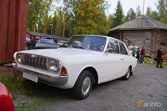 Front/Side  of Ford Taunus 2-door Limousine 1.7 Manual, 71ps, 1966 at Onsdagsträffar på Gammlia Umeå 2019 vecka 35