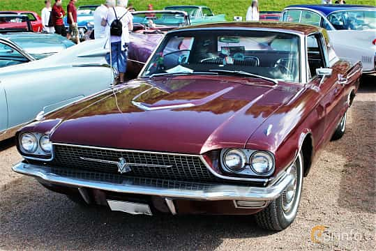 Front/Side  of Ford Thunderbird Hardtop 6.4 V8 Automatic, 305ps, 1966