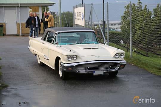 Front/Side  of Ford Thunderbird Convertible 5.8 V8 Automatic, 305ps, 1959 at Bil & MC-träffar i Huskvarna Folkets Park 2019 Amerikanska fordon