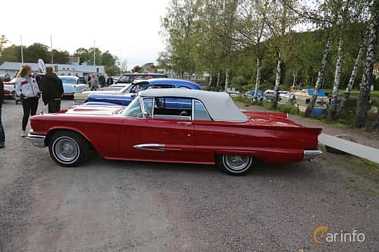 Side  of Ford Thunderbird Convertible 5.8 V8 Automatic, 305ps, 1959 at Kungälvs Kulturhistoriska Fordonsvänner  2019 Torsdag vecka 35