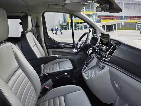 Interior of Ford Tourneo Custom 2018