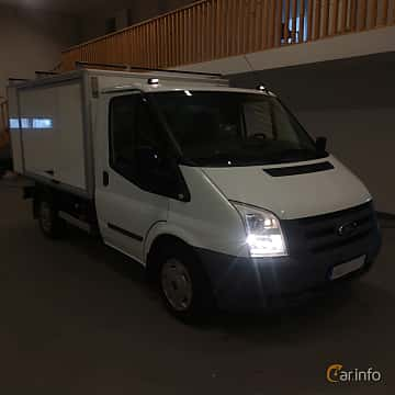 Front/Side of Ford Transit Chassis Cab 2.2 TDCi Manual, 101ps, 2012
