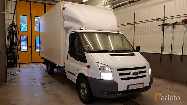 Front/Side of Ford Transit Chassis Cab 2.2 TDCi Manual, 140ps, 2011