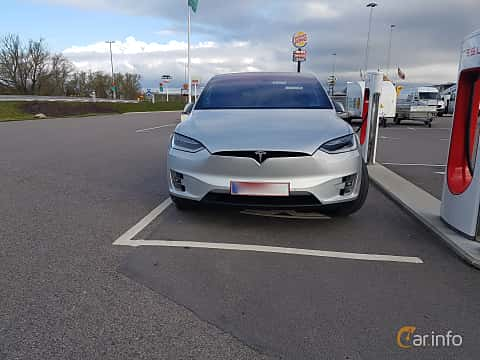 Front  of Tesla Model X 90D 90 kWh AWD Single Speed, 423ps, 2016