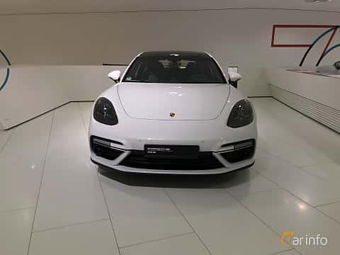 Fram av Porsche Panamera Turbo S E-Hybrid Sport Turismo 4.0 V8 4 + 14.1 kWh PDK, 680ps, 2019