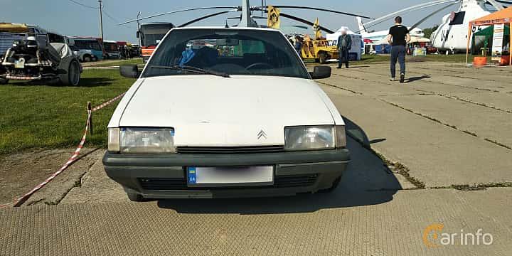 Front  of Citroën BX 1989 at Old Car Land no.1 2019
