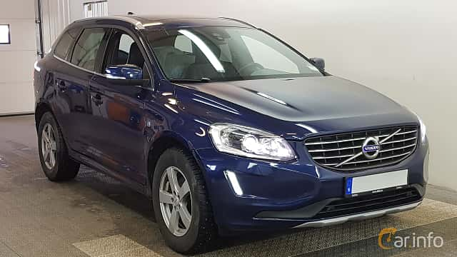 Front/Side  of Volvo XC60 2.0 D3 Geartronic, 150ps, 2016