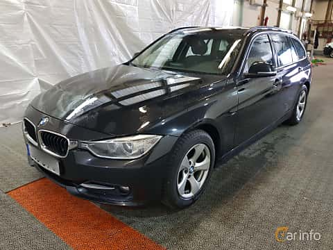 Fram/Sida av BMW 318d Touring 2.0 Manual, 143ps, 2015
