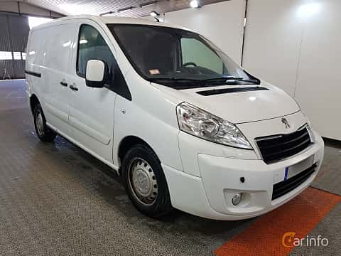 Front/Side  of Peugeot Expert Panel Van 2.0 HDi Automatic, 163ps, 2014