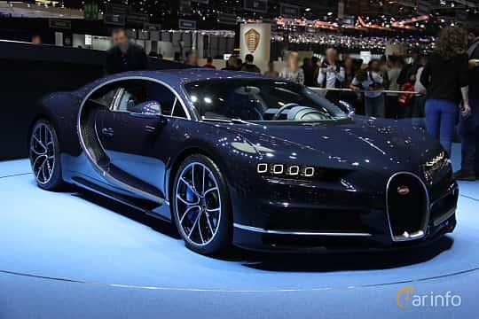Fram/Sida av Bugatti Chiron 8.0 W16 DSG Sequential, 1521ps, 2017