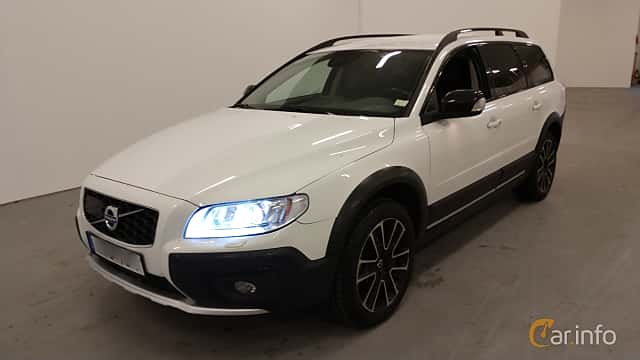 Front/Side  of Volvo XC70 D4 AWD Geartronic, 181ps, 2016