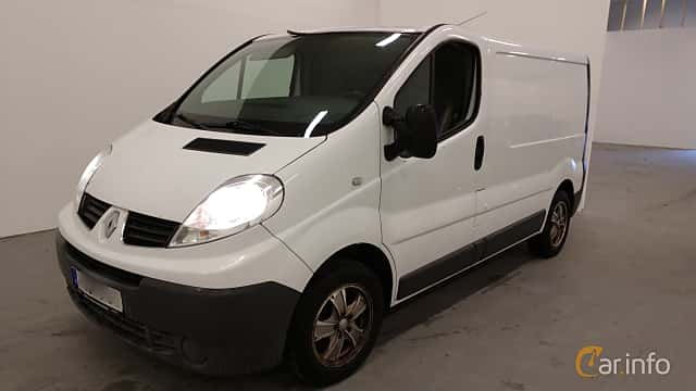 Front/Side  of Renault Trafic Van 2.0 dCi Manual, 114ps, 2010