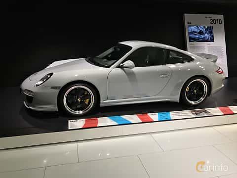 Fram/Sida av Porsche 911 Sport Classic 3.8 H6 Manual, 408ps, 2010