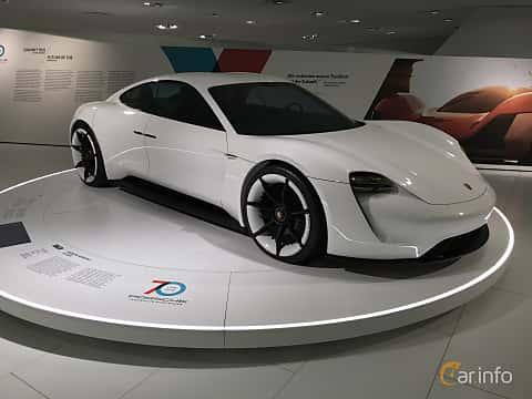 Fram/Sida av Porsche Mission E Electric Single Speed, 598ps, 2015