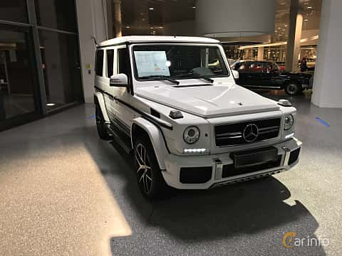 Fram/Sida av Mercedes-Benz G 63 AMG LWB  AMG-SpeedShift Plus 7G-Tronic, 571ps, 2018