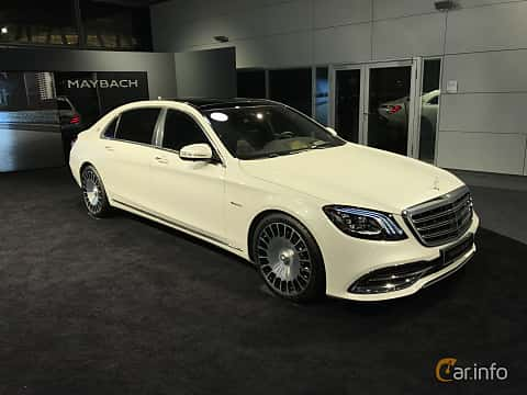 Fram/Sida av Mercedes-Benz Maybach S 560 4MATIC  9G-Tronic, 469ps, 2019