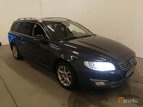 Front/Side  of Volvo V70 D4 AWD Geartronic, 181ps, 2016
