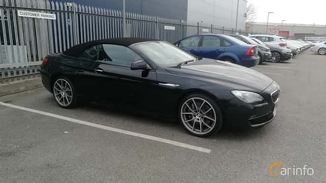 Front/Side  of BMW 640i Convertible  Steptronic, 320ps, 2011