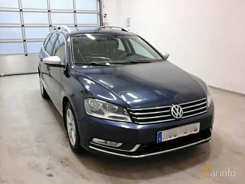 Fram/Sida av Volkswagen Passat Variant 2.0 TDI BlueMotion Manual, 140ps, 2012