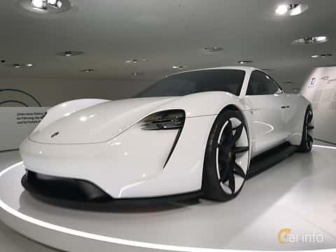 Fram/Sida av Porsche Mission E Electric Single Speed, 598ps, 2015