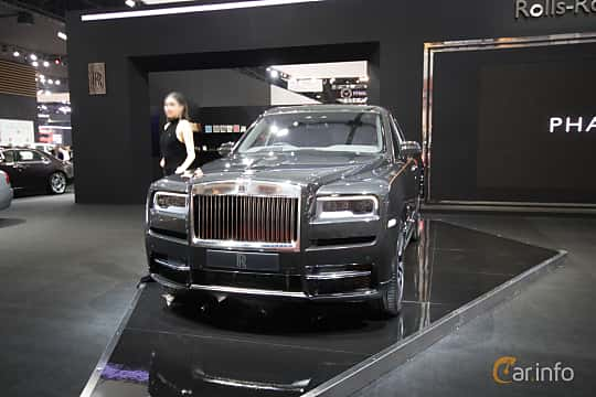 Front/Side  of Rolls-Royce Cullinan 6.75 V12 Automatic, 571ps, 2019 at Bangkok Motor Show 2019