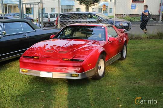 Front/Side  of Pontiac Firebird Trans Am 5.7 V8 Hydra-Matic, 238ps, 1989 at Bil & MC-träffar i Huskvarna Folkets Park 2019 Amerikanska fordon