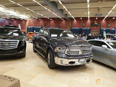 Front/Side  of RAM 1500 Crew Cab 5.7 V8 HEMI 4WD TorqueFlite, 396ps, 2018 at Gasonline Mega Swapmeet Katrineholm  2019 Mars