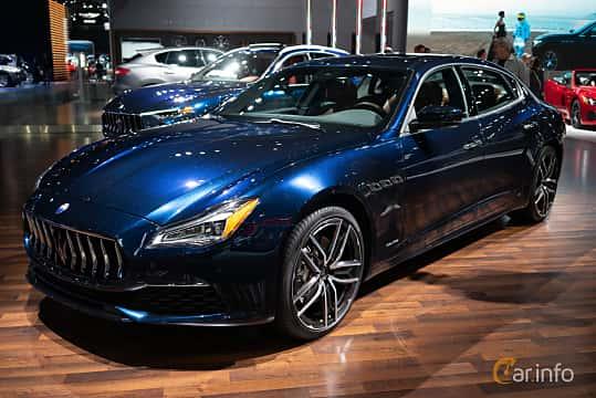 Front/Side  of Maserati Quattroporte S Q4 3.0 V6 Q4 Automatic, 430ps, 2019 at LA Motor Show 2018