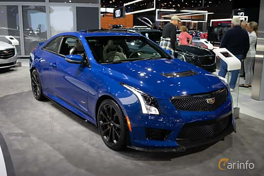 Fram/Sida av Cadillac ATS-V Coupé 3.6 V6 470ps, 2019 på LA Motor Show 2018