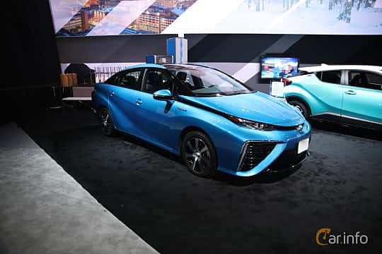 Front/Side of Toyota Mirai FuelCell Single Speed, 154ps, 2017 at North American International Auto Show 2018