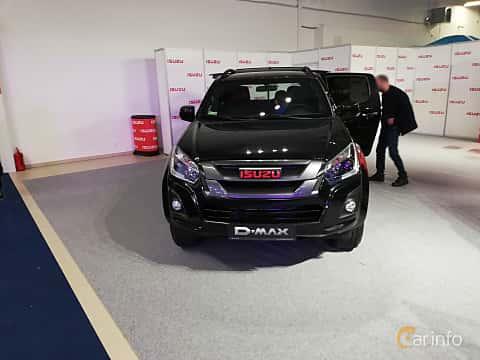 Front  of Isuzu D-Max Crew Cab 1.9 4WD Automatic, 163ps, 2018 at Warsawa Motorshow 2018