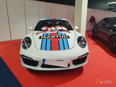 Front  of Porsche 911 Carrera 4S 3.8 H6 4 400ps, 2012 at Warsawa Motorshow 2018