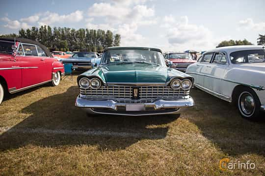 Front  of Plymouth Belvedere 4-door Sedan 5.2 V8 TorqueFlite, 233ps, 1959 at Wheels & Wings 2017