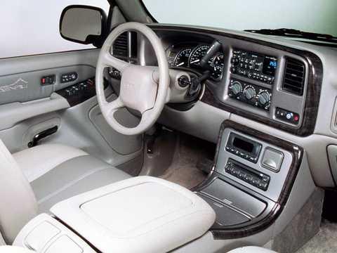 Interior of GMC Yukon 6.0 V8  Automatic, 329hp, 2001