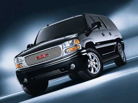 Front/Side  of GMC Yukon XL 6.0 V8  Automatic, 329hp, 2003