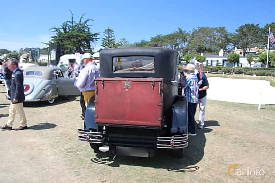 Back of Hispano-Suiza T49 Limousine 3.7 Manual, 91ps, 1927 at Pebble Beach Concours d'Elegance 2015