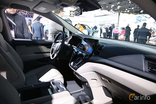 Interior of Honda Odyssey (NA) 2017 at North American International Auto Show 2017