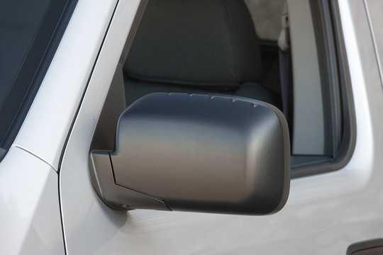 Close-up of Honda Ridgeline 3.5 V6 4WD Automatic, 258hp, 2014