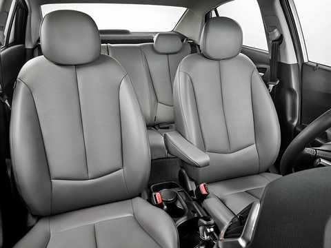 Interior of Hyundai HB20S 1.6 Automatic, 128hp, 2015