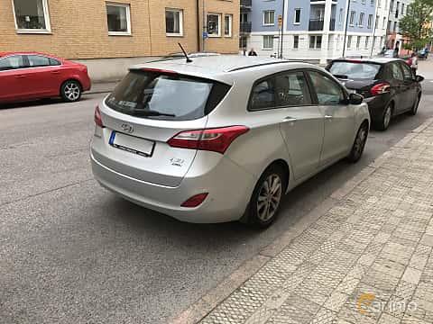 Back/Side of Hyundai i30cw 1.6 CRDi Manual, 110ps, 2014