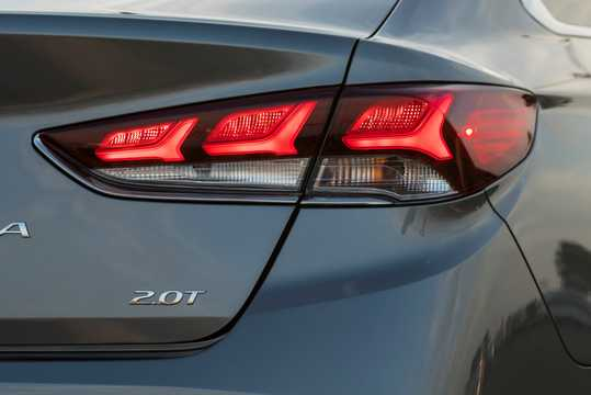 Close-up of Hyundai Sonata 2.0 GDI Automatic, 248hp, 2017