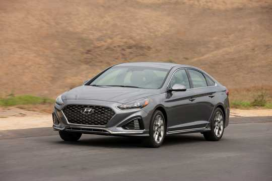 Front/Side  of Hyundai Sonata 2.0 GDI Automatic, 248hp, 2017