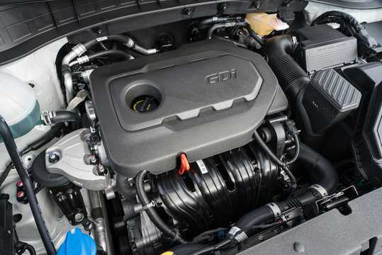 Engine compartment  of Hyundai Tucson 2.4 GDI 4WD Automatic, 188hp, 2018